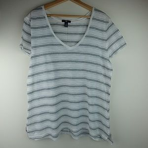 Gap, gray & white cotton V neck relaxed T shirt